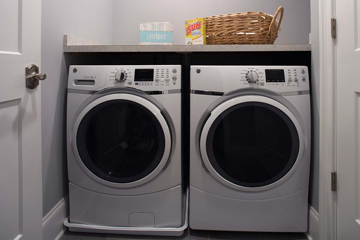 Apartment 501 Laundry room